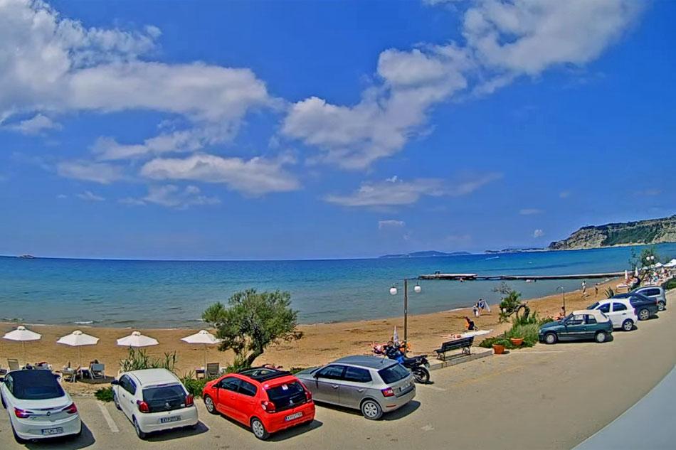 arillas beach in corfu