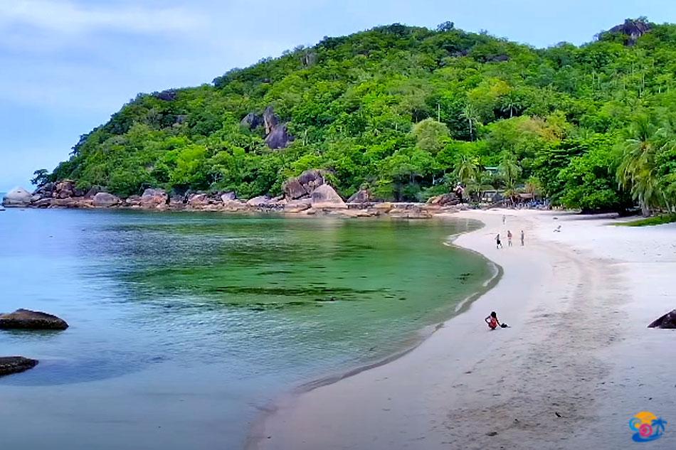 crystal bay beach on koh samui