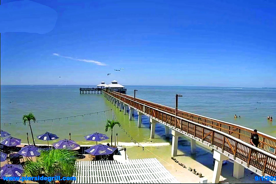 fort myers beach pier webcam - Florida