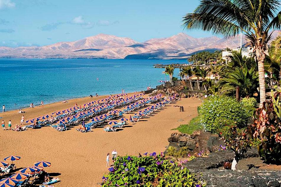Lanzarote - Playa Grande Beach