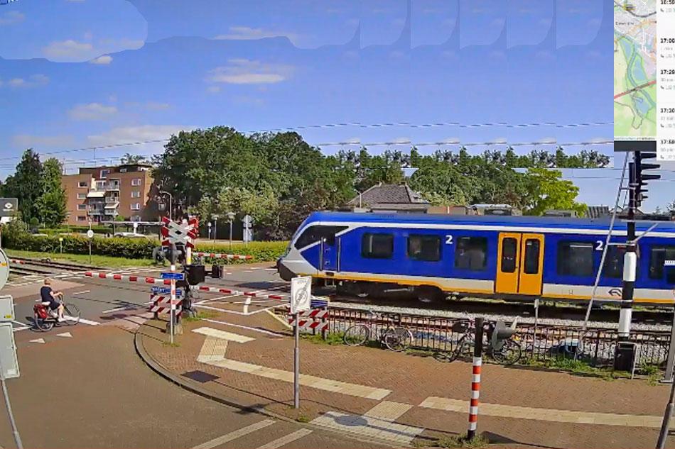 train crossing in twello