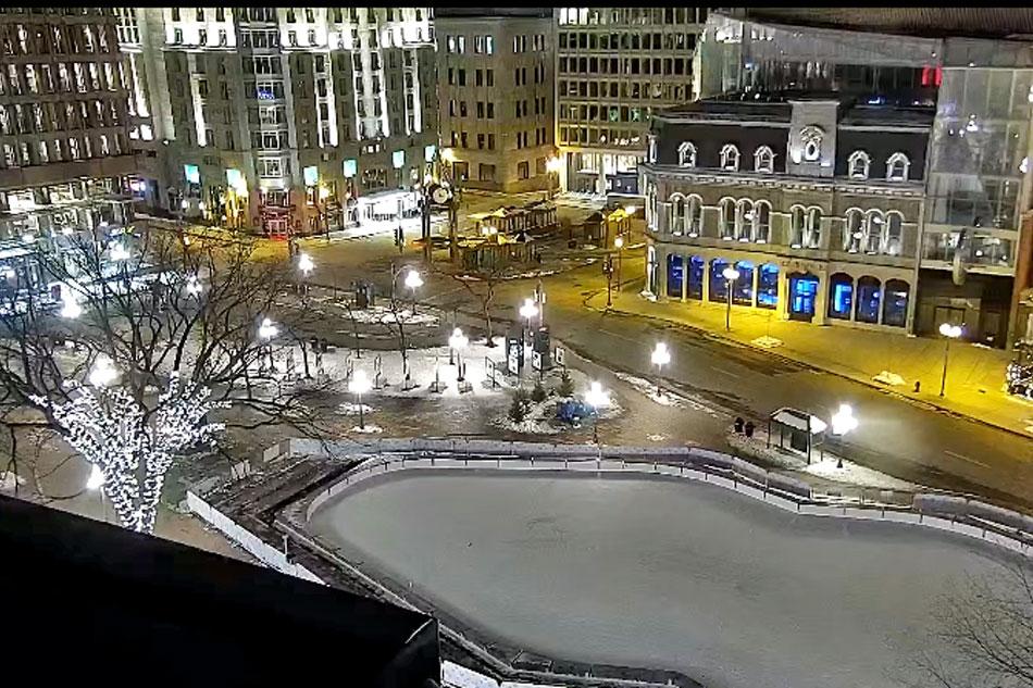 quebec town square